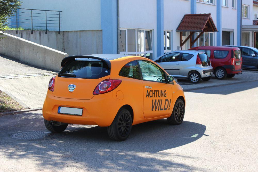 Folierung ford ka in orange matt und schwarz matt for Ka che schwarz matt